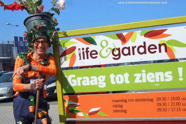Groen en duurzaam, theateract, moederdag act, artiesten boeken, acteur boeken, bloemen en planten, acts voor pasen, Govers Evenementen