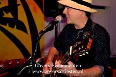 Govers Evenementen, Tamicosie, Swingende Salsa, Merengue, Mexicaans, Antilliaans, Calypso y mucho más!, muzikanten, muziek, muziekduo, muzikanten boeken