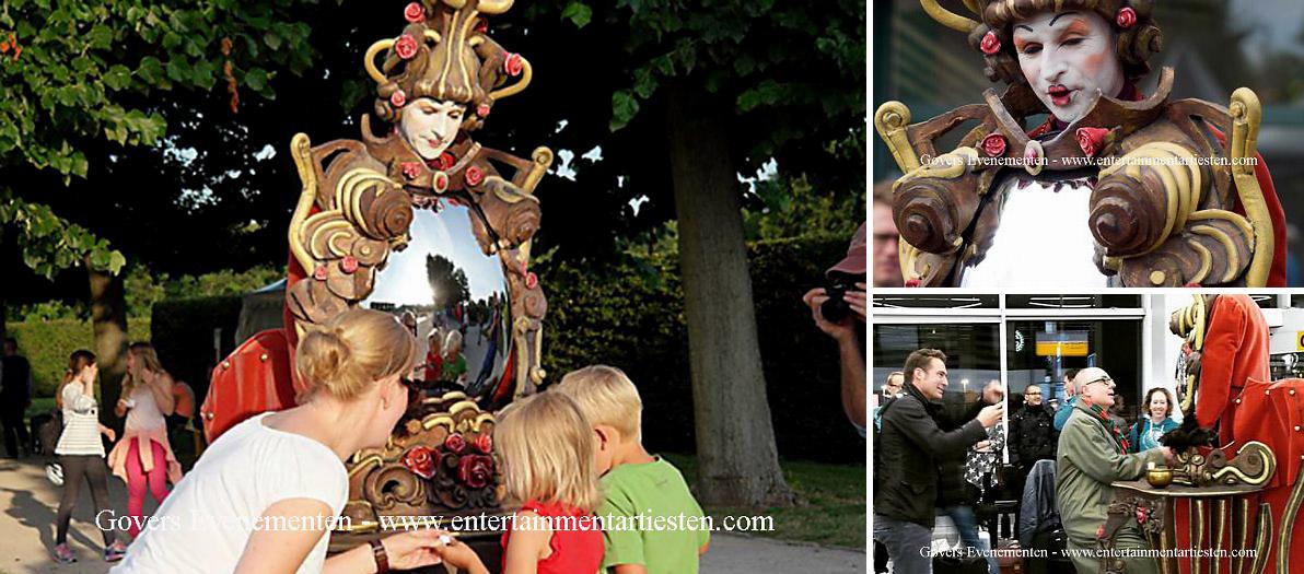 Spiegeltje aan de wand... theatervoorstelling, artiesten boeken, artiestenbureau, themafeest, evenementen bureau, artiestenburo, theater voor kinderen, vermaak, festival entertainment, Govers Evenementen, www.goversartiesten.nl