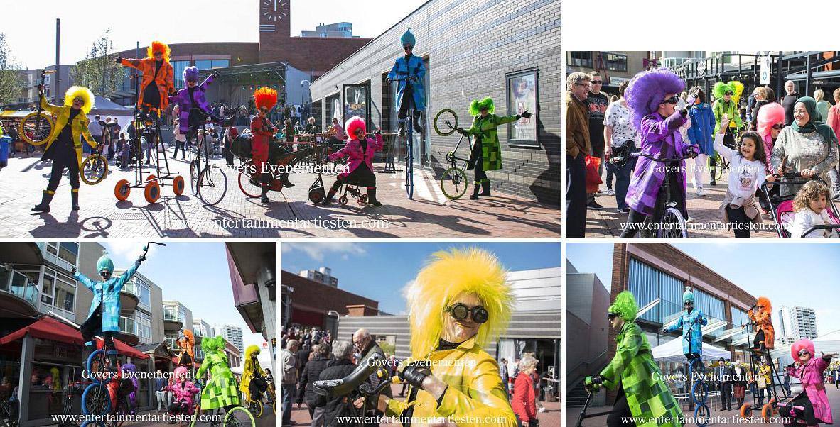 Een Vrolijke Fiets Parade, Jongleren op de fiets, Straattheater, Openingsact, festival entertainment, artiesten boeken, artiestenbureau, themafeest, straatact, jongleurs, Govers Evenementen, www.goversartiesten.nl